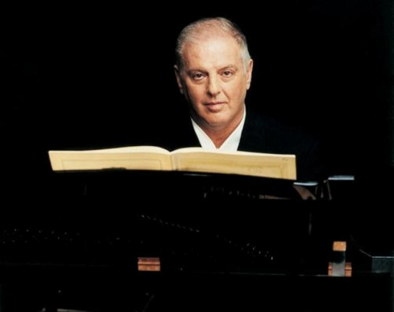 Daniel Barenboim: Pianistic versatility as usual, but cloudy in Lisztian thunder