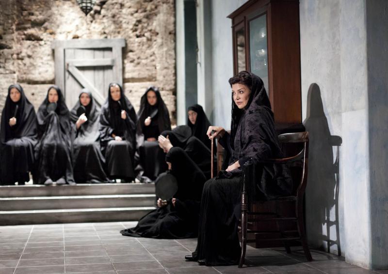 The House of Bernarda Alba - Glenda Jackson - Garcia Lorca