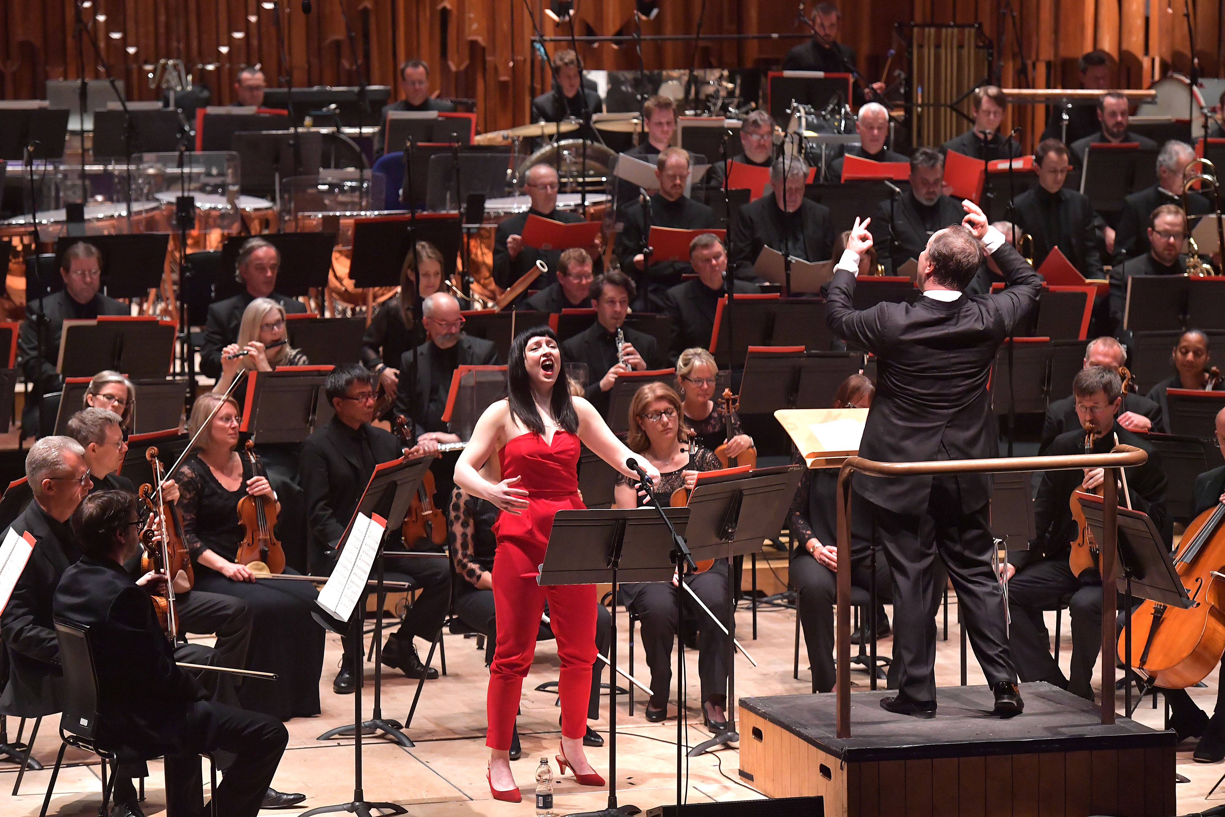 Allison Bell and the BBCSO conducted by Sakari Oramo in the music of Varèse