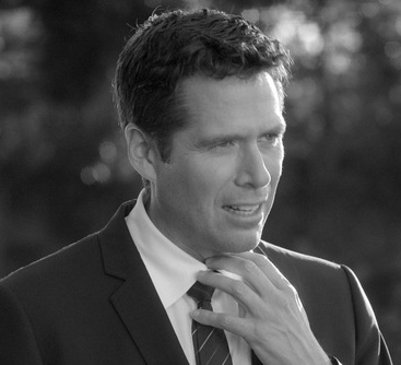 Alexis Denisof in 'Much Ado About Nothing'