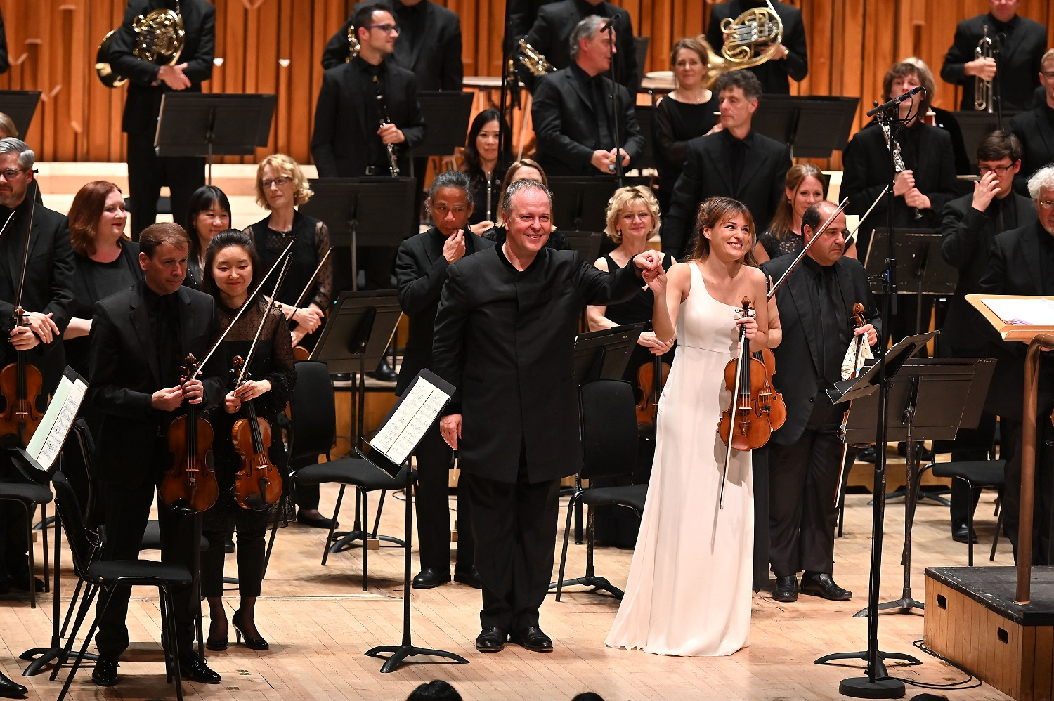 Nicola Benedetti and Sakari Oramo with the BBC SO