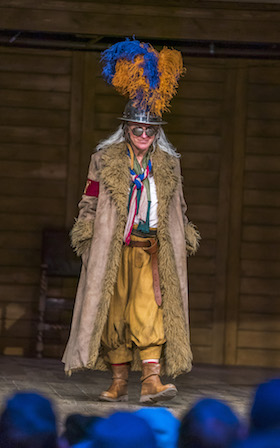 Helen Schlesinger as Falstaff (c) Tristram Kenton