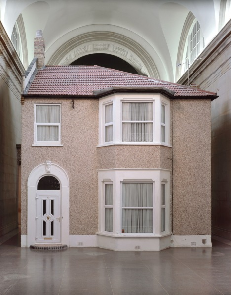 Michael Landy, Semi-Detached, 2004