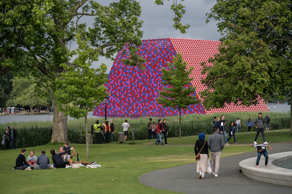 Christo and Jeanne-Claude, The London Mastaba, Serpentine Lake, Hyde Park, 2016-18; Photo: Wolfgang Volz © 2018 Christo