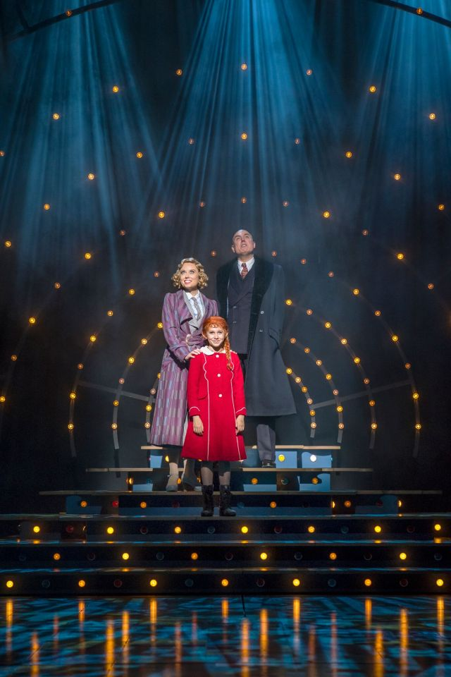 Alex Bourne, Holly Dale Spencer and Ruby Stokes in Annie, Piccadilly Theatre