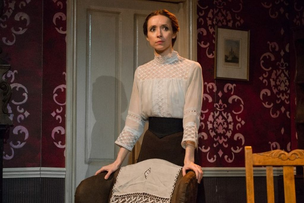 Alix Dunmore in the title role of the play 'Jane Clegg'