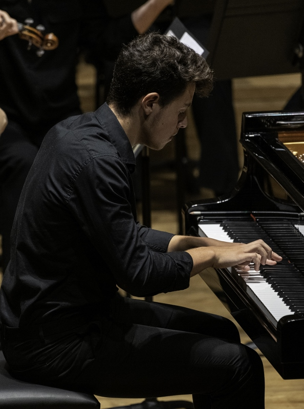 Luca Grianti in the Manchester International Piano Competition c Martin Lijinsky