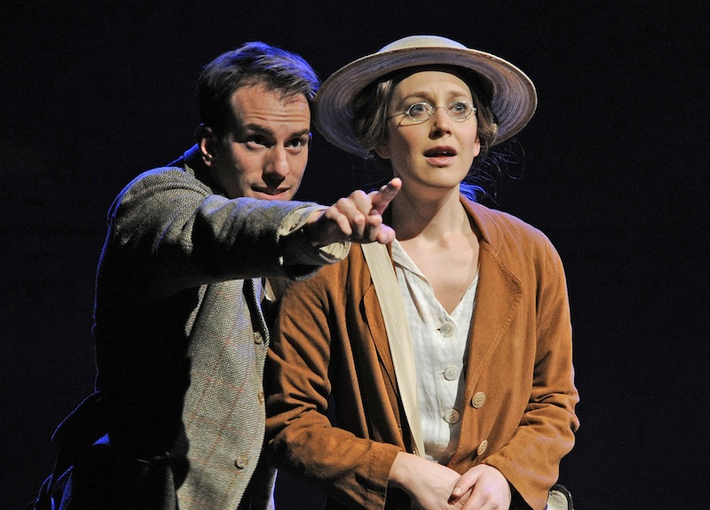 Pip Carter (Edward Thomas) and Hattie Morahan (Helen Thomas)