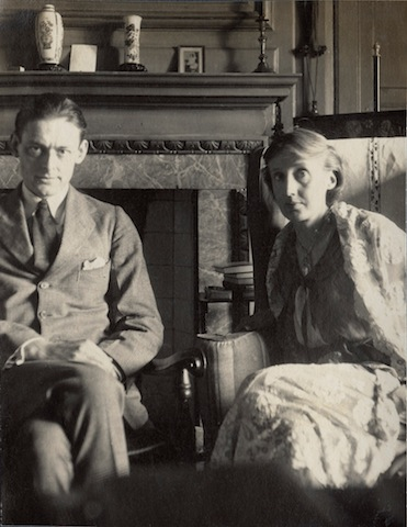 TS Eliot and Virginia Woolf by Lady Ottoline Morrell, June 1924