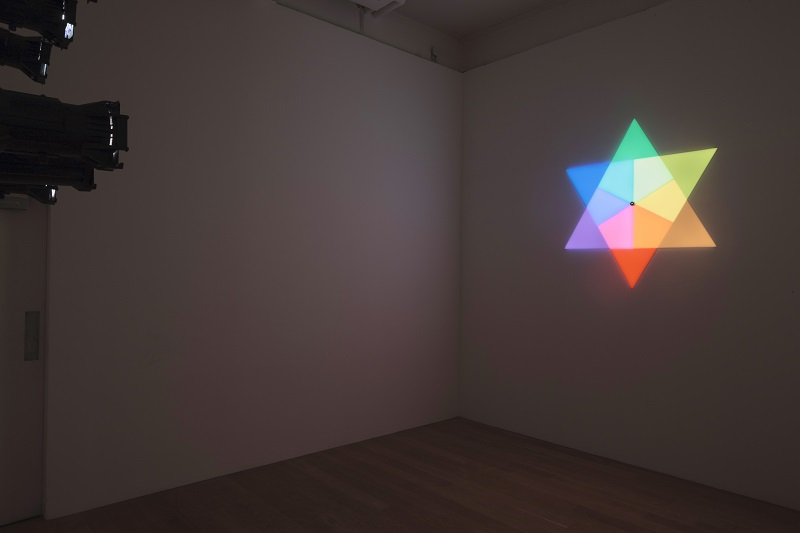 Olafur Eliasson Ephemeral afterimage star, 2008  Installation view, Courtesy the artist, Tanya Bonakdar Gallery, New York. Photo © Ruth Clark