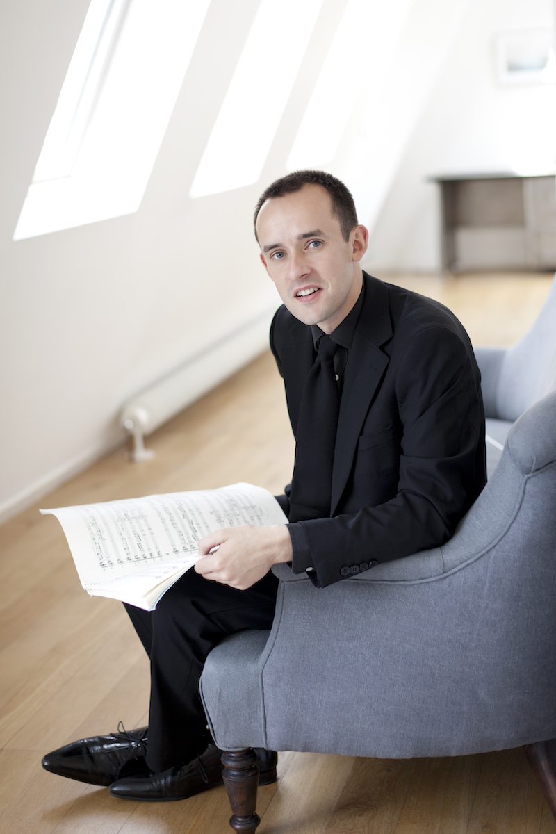 Graham Ross, conductor of the Dmitri Ensemble