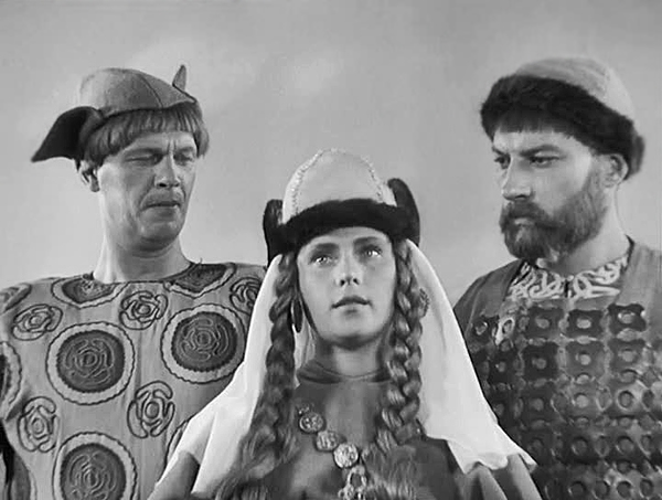 Suitors and Novgorod maiden in Eisenstein's Alexander Nevsky