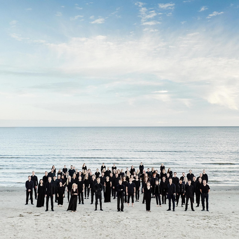 Estonian Festival Orchestra on the beach
