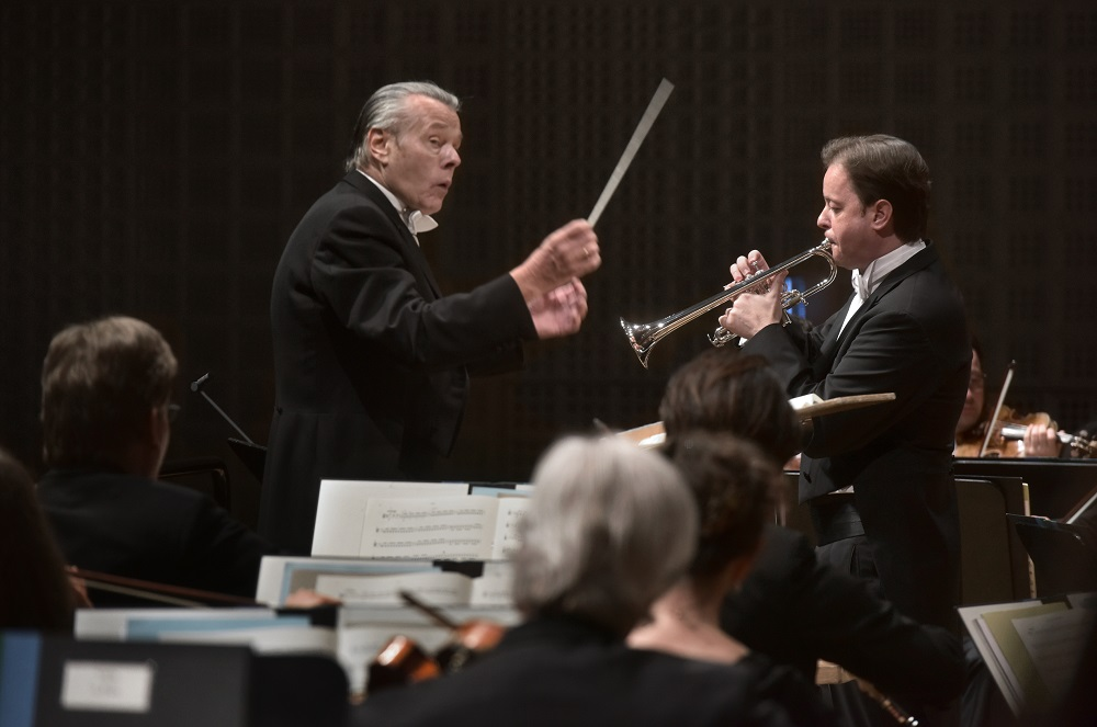 Jansons and Engerer in the Hummel Trumpet Concerto