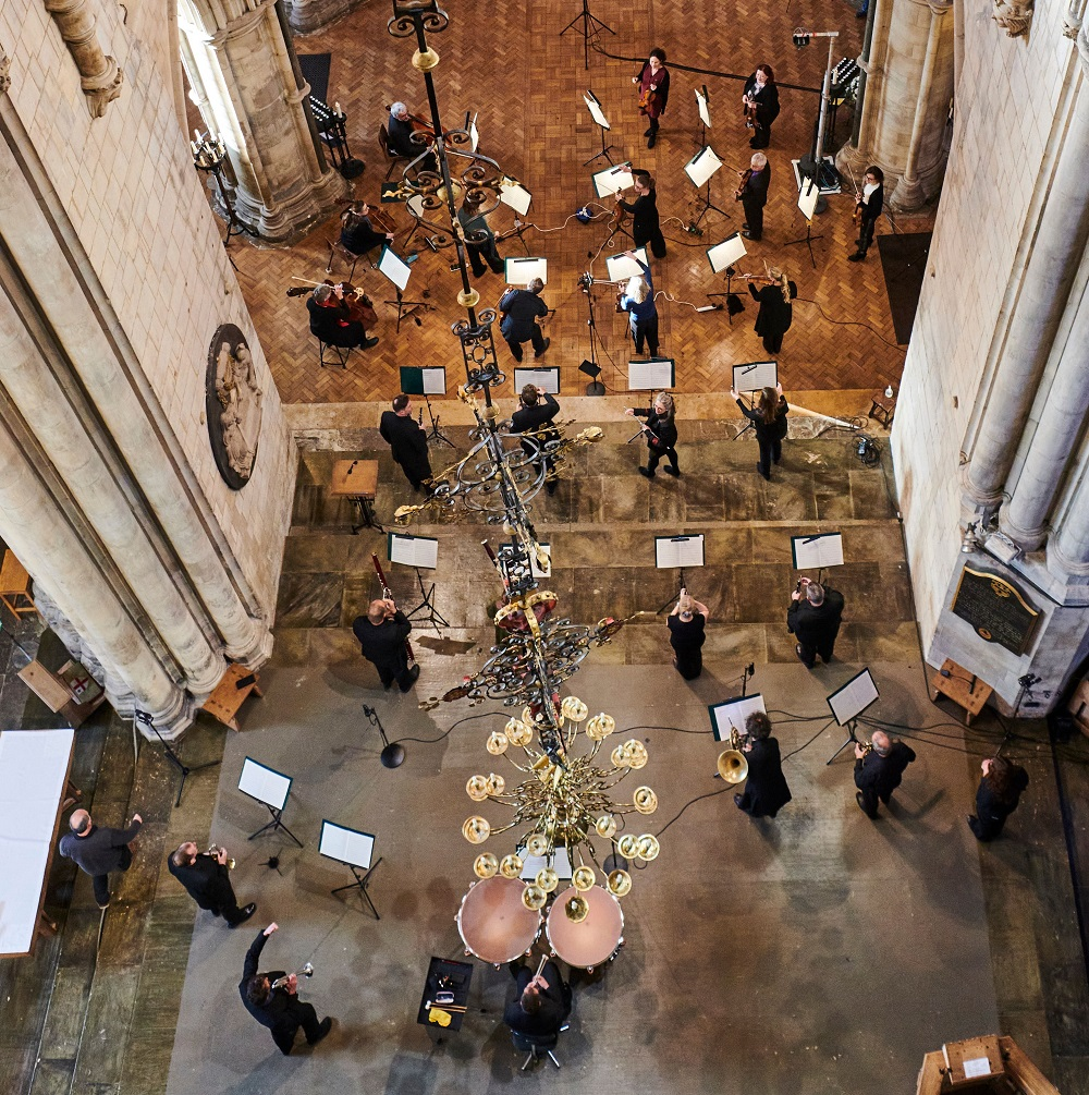 Full orchestra in Southwark Cathedral