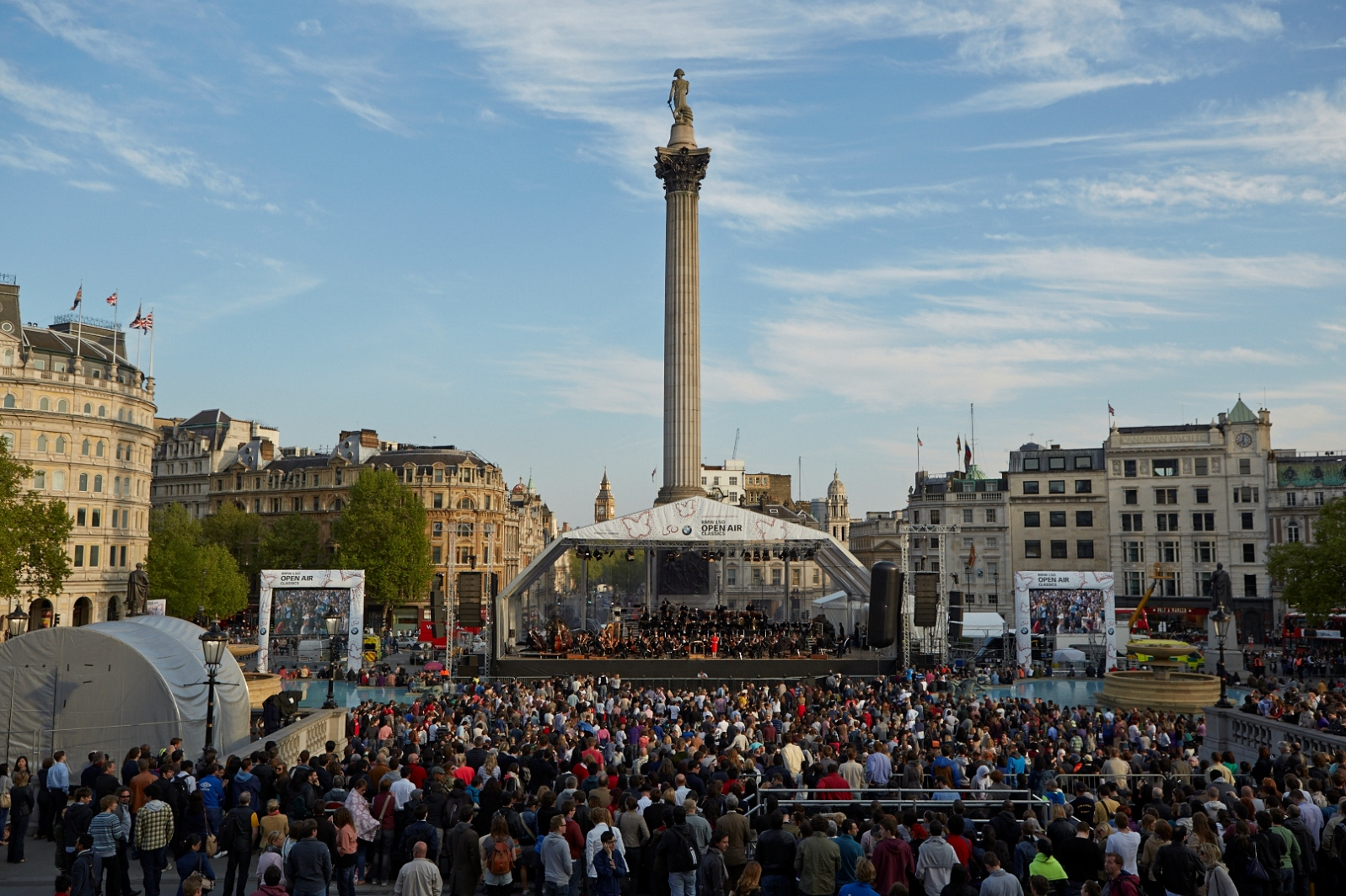 LSO/Gergiev in Trafalgar Square, photo by Kevin Leighton
