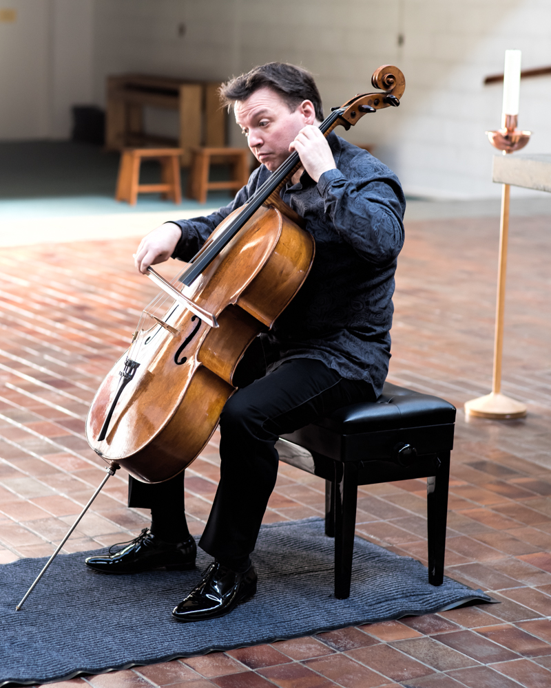 Richard Harwood playing Reger in Malling Abbey