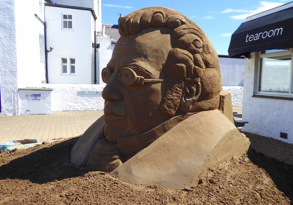Schubert sand sculpture