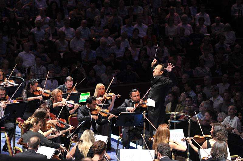 Borusan Istanbul PO at the Proms