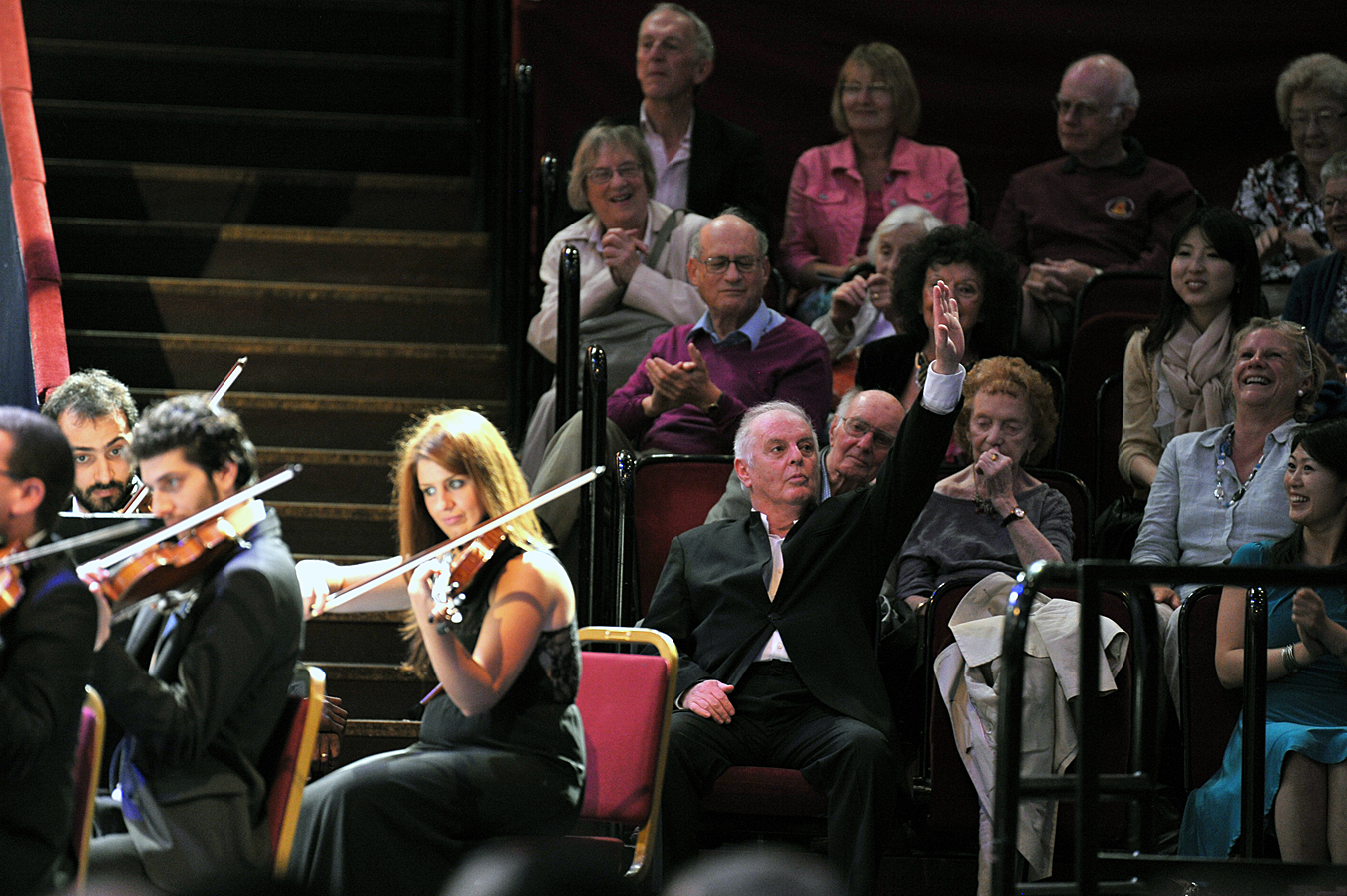 Barenboim sitting out a West-Eastern Divan Orchestra encore at the Proms