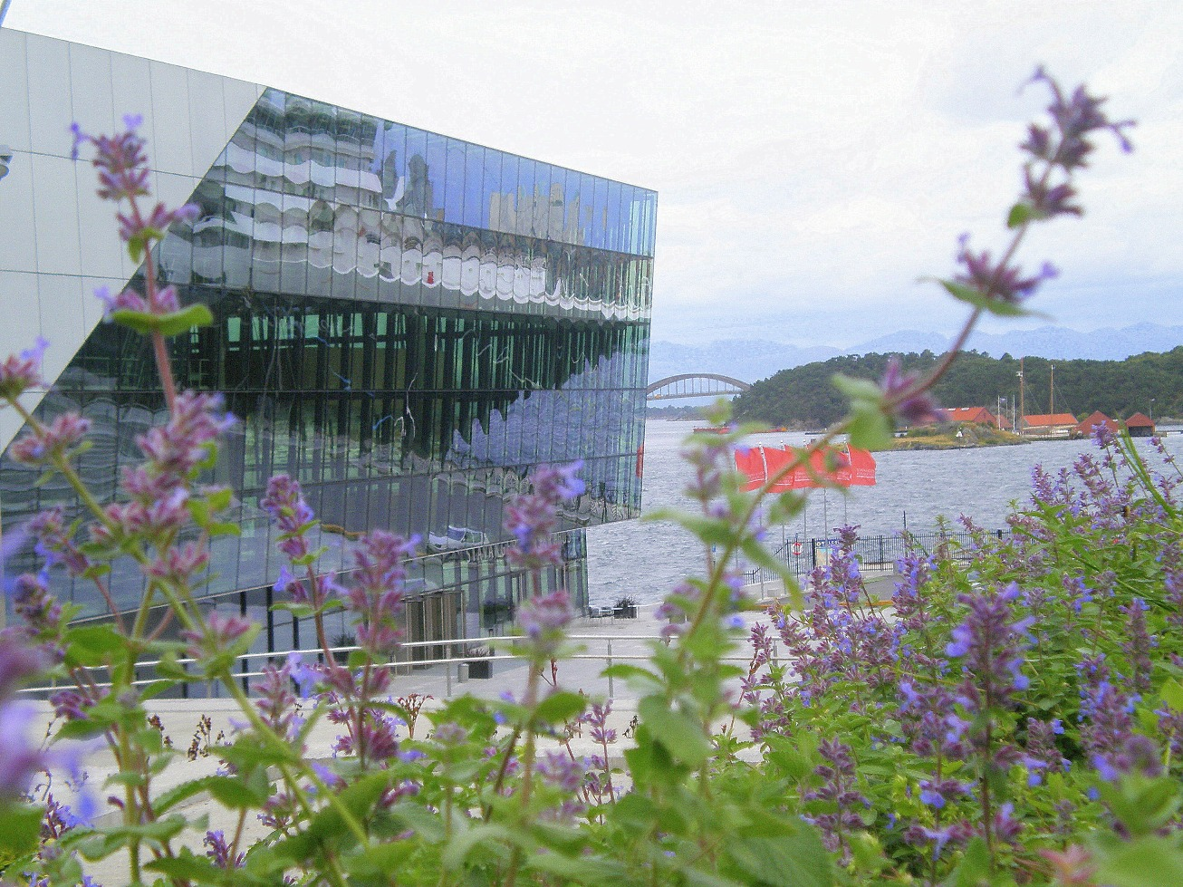 Stavanger concert hall and harbour by David Nice