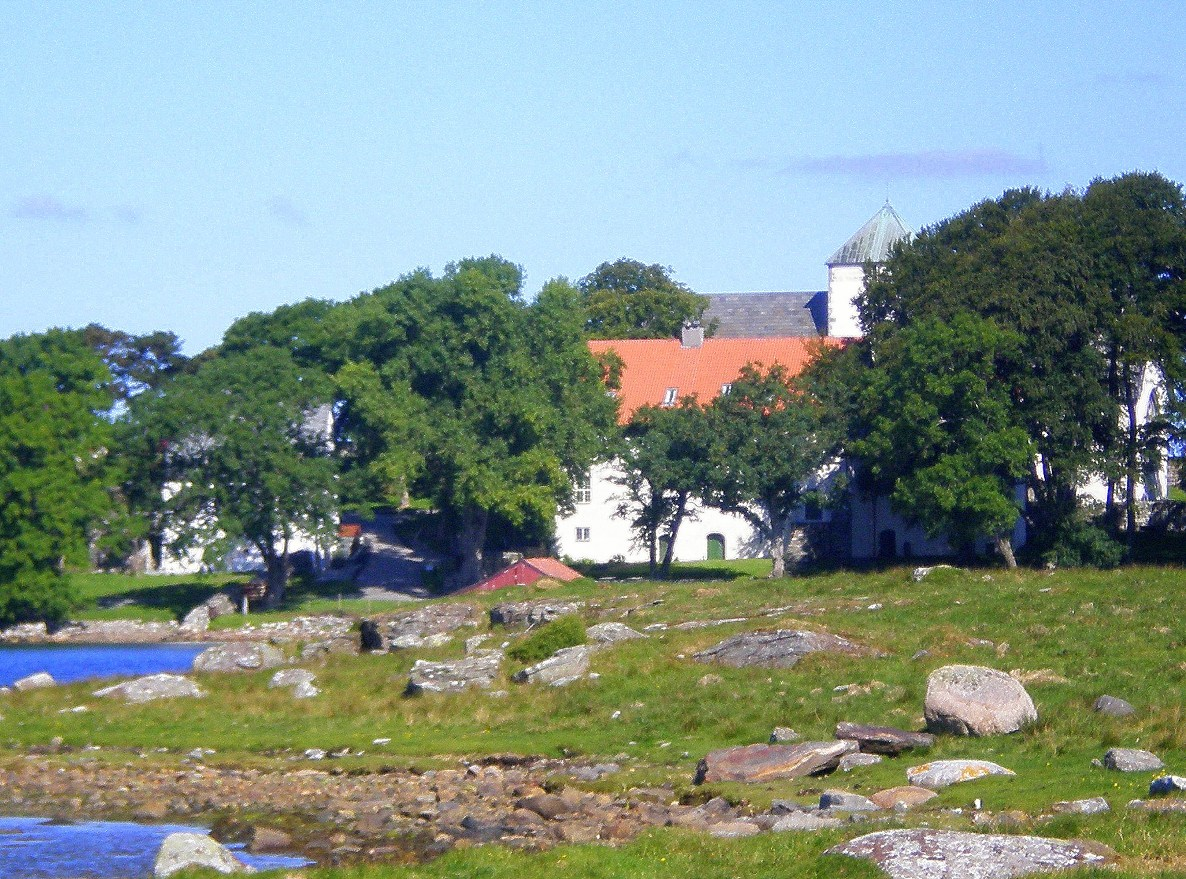 Utstein Kloster pictured by David Nice