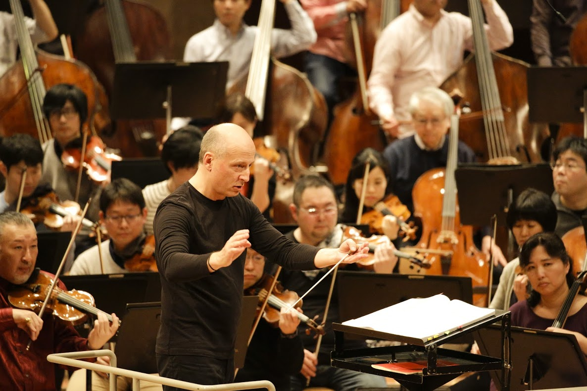 NHK Symphony Orchestra and Jarvi in Berlin