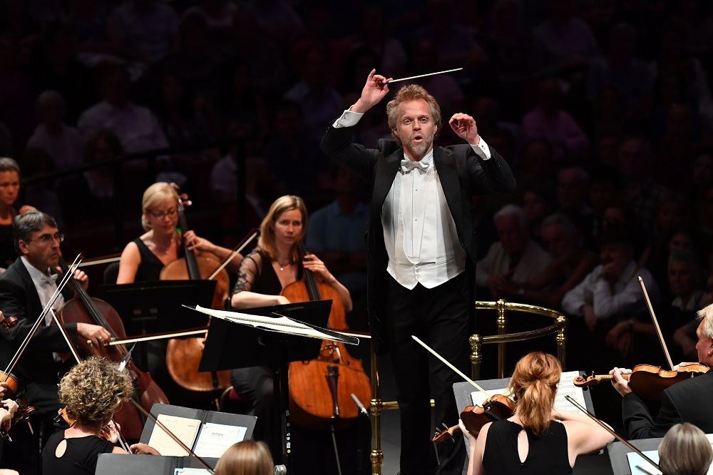 Thomas Søndergård conducts the BBC National Orchestra of Wales