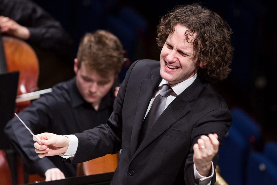 Nicholas Collon conducting the NYO