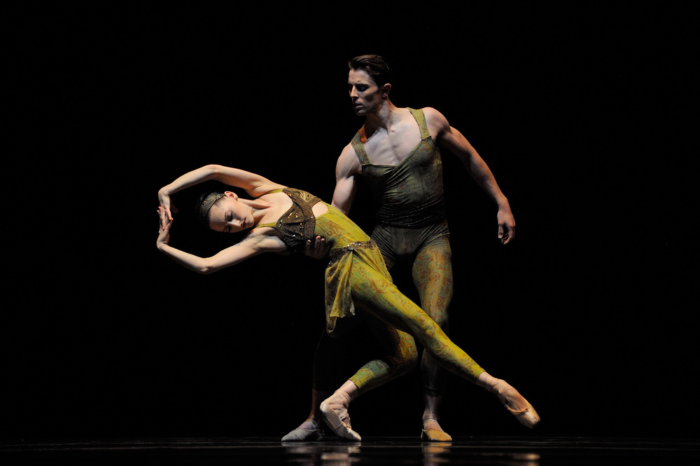 Sarah Van Patten and Luke Ingham in Christopher Wheeldon's Within the Golden Hour