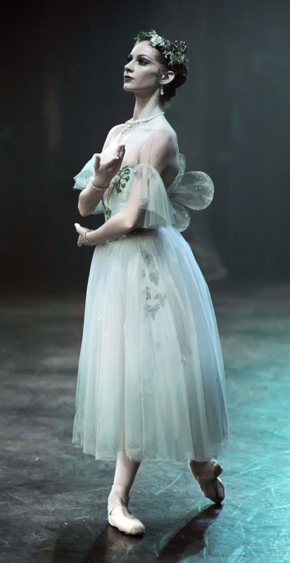 Lauretta Summerscales as Myrthe in Mary Skeaping's production of Giselle at English National Ballet
