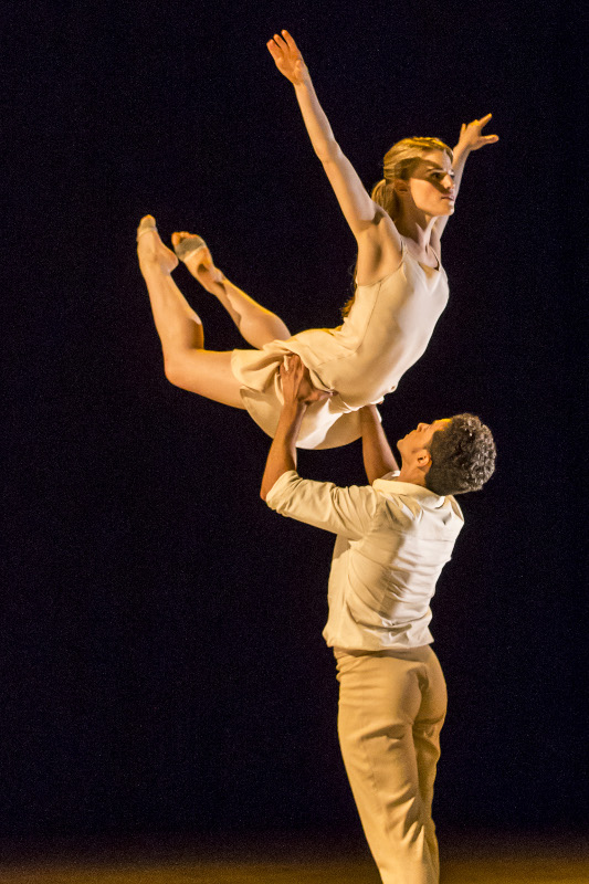 Hannah Rudd and Dane Hurst in Kim Brandstrup's 'Transfigured Night'