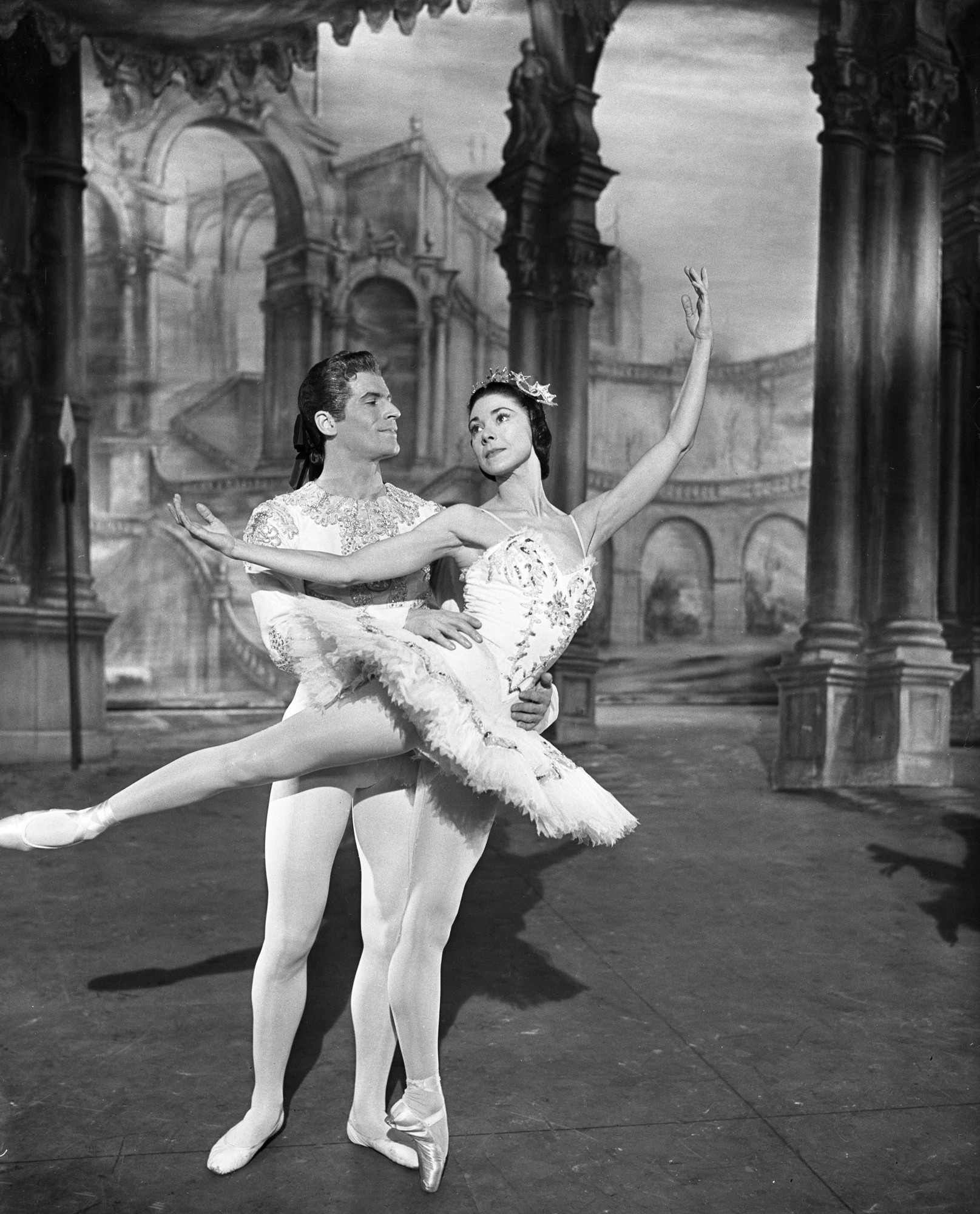 Margot Fonteyn and Michael Somes in The Sleeping Beauty (1959)