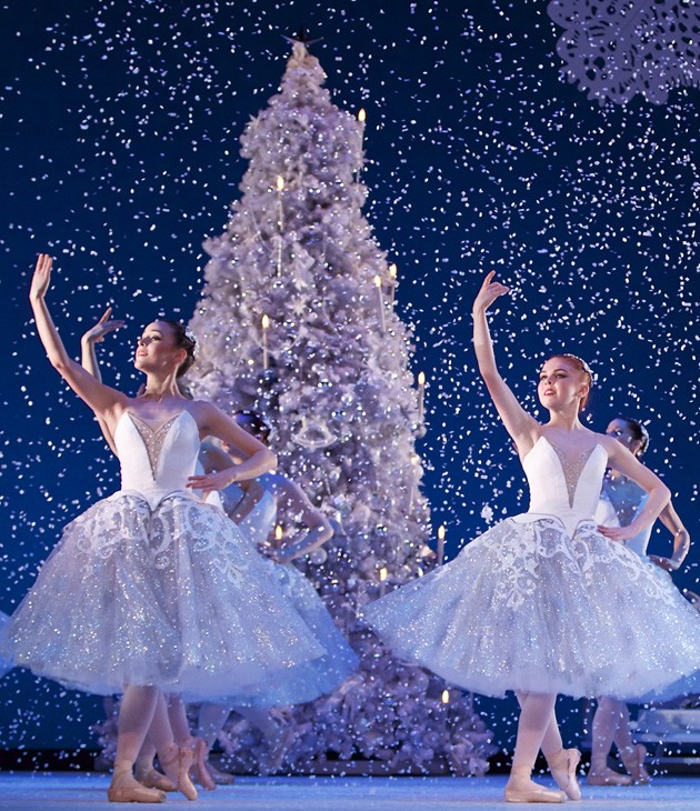 The Land of Ice and Snow in Scottish Ballet's Nutcracker