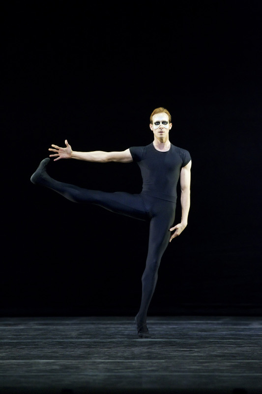 Edward Watson as the Messenger of Death in Kenneth MacMillan's Song of the Earth