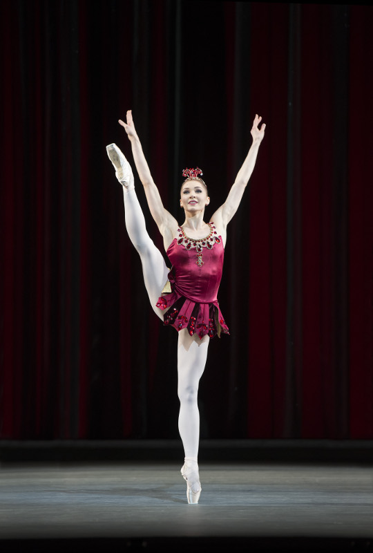 Melissa Hamilton in Balanchine's Rubies for the Royal Ballet. Photo by Bill Cooper.