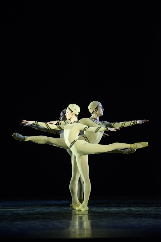 Yasmine Naghdi, Tristan Dyer and Emma Maguire in Monotones I