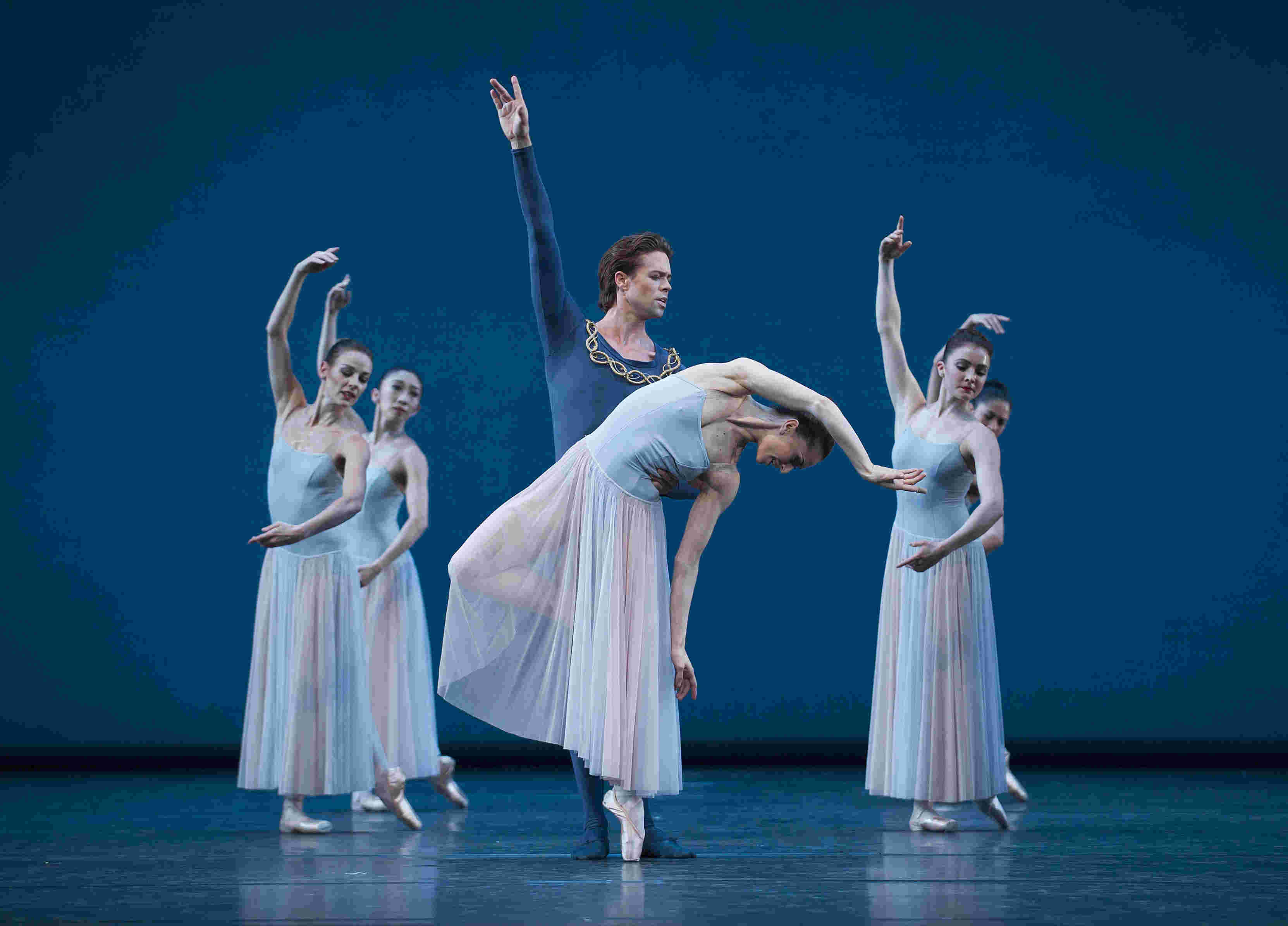 Marianela Nunez and Matthew Golding in George Balanchine's Serenade