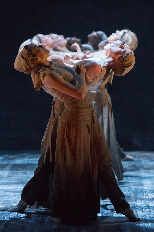 Dancers of English National Ballet in Akram Khan's 'Dust'