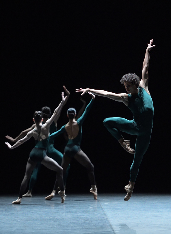 Isaac Hernández in 'In the Middle, Somewhat Elevated' with dancers of English National Ballet. Photo by Laurent Liotardo.