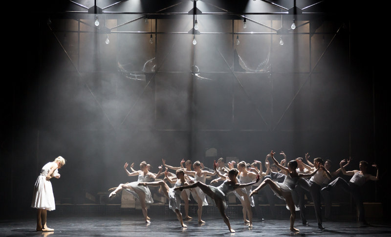 Eve Mutso and artists of Scottish Ballet in A Streetcar Named Desire