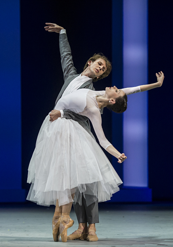 Semyon Chudin and Olga Smirnova in The Taming of the Shrew. Photo by Alice Blangero.