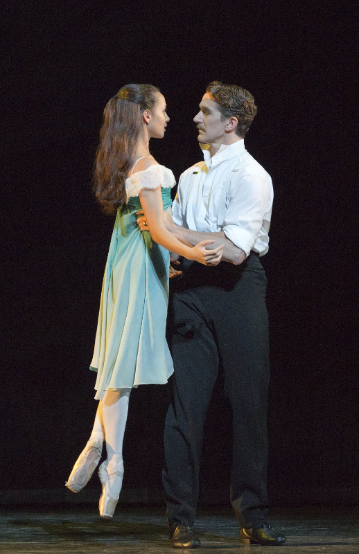 Francesca Hayward and Gary Avis in Kenneth MacMillan's The Invitation (Royal Ballet)