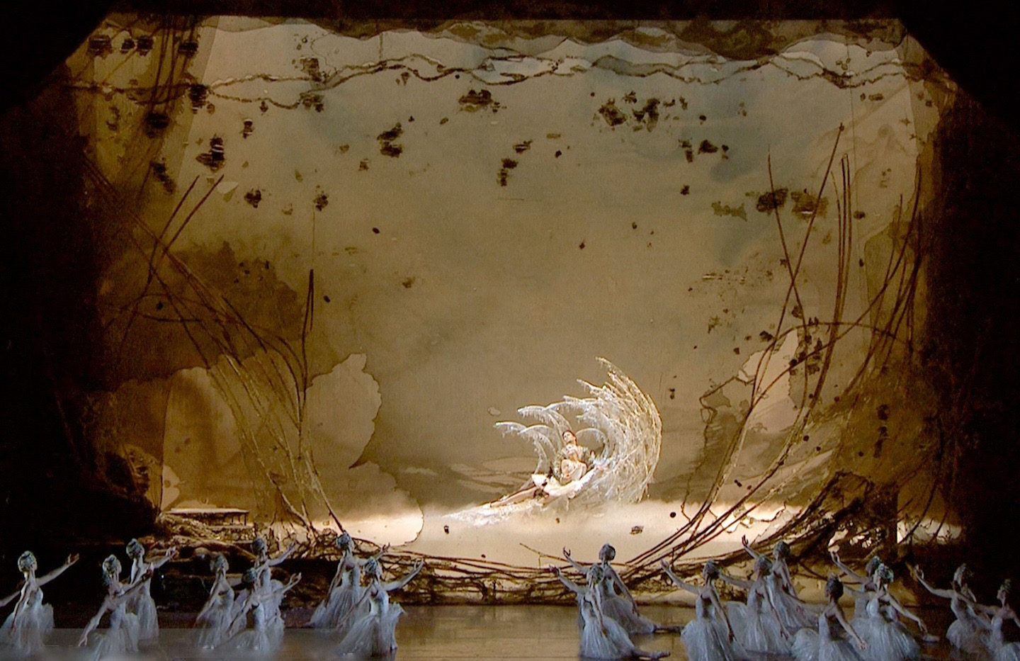 swan lake final tableau by yolanda sonnabend