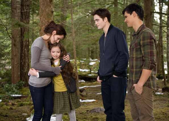 Even if you hate fantasy films (I'm not a huge fan), there is a lot to  recommend in Bill Condon's Breaking Dawn - Part 2. It cannot work as a  standalone, ...