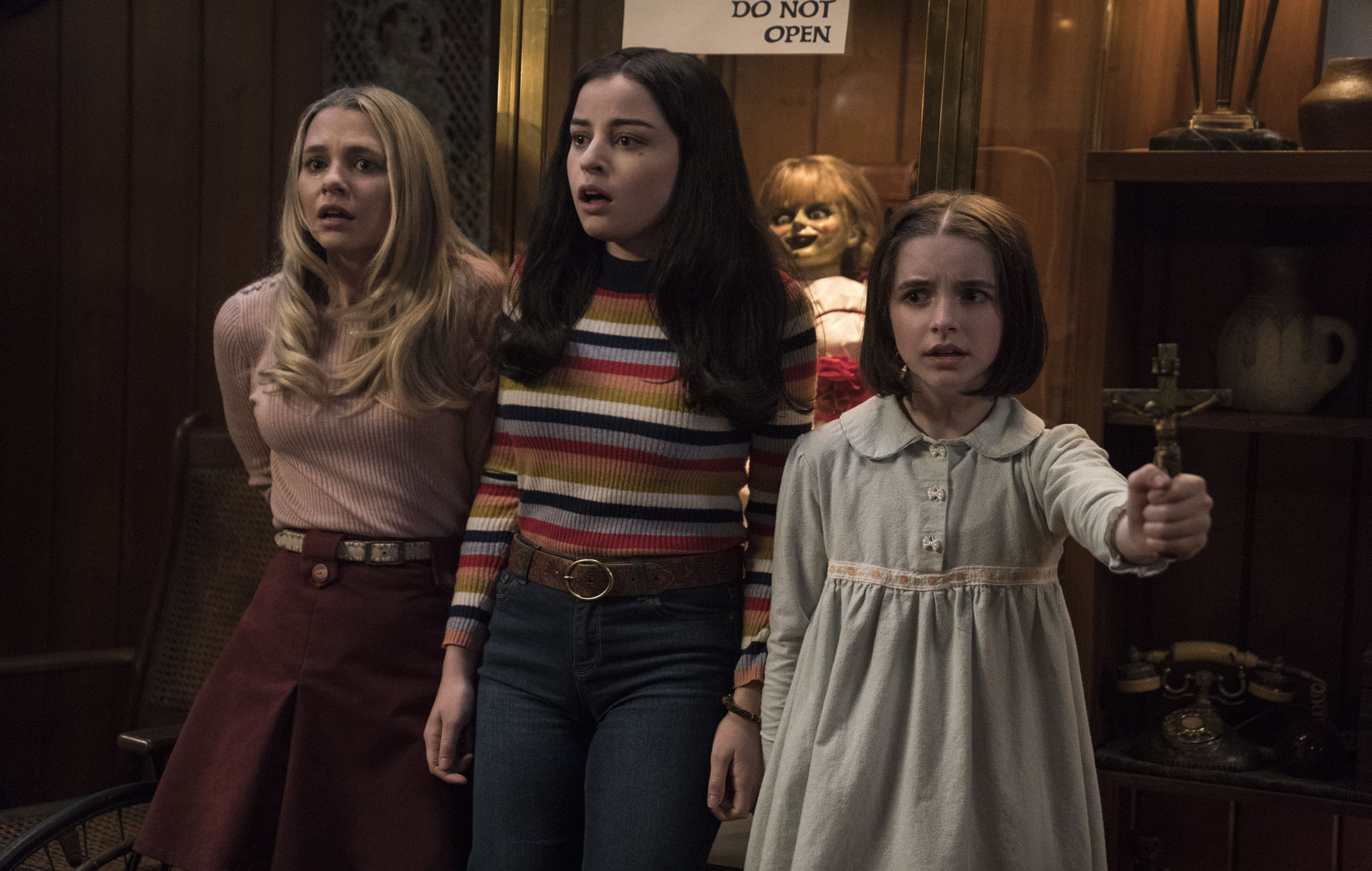 Mary Ellen (Madison Wiseman), Daniela (Katie Sarife) and Judy (McKenna Grace)