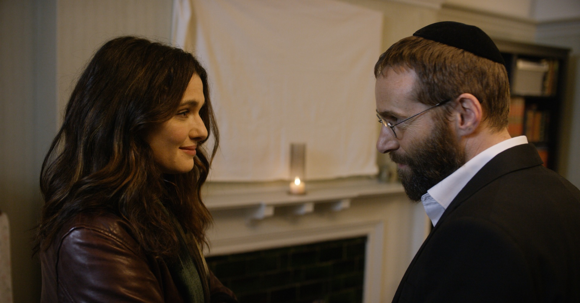 Rachel Weisz and Alessandro Nivola in Disobedience