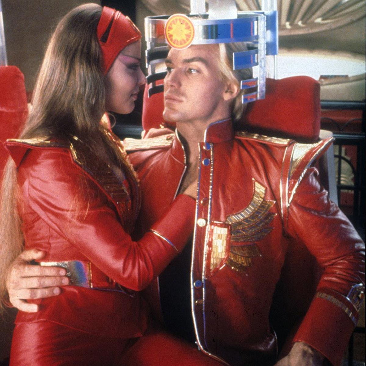 Aura (Ornella Muti) and Flash (Sam J. Jones) in Flash Gordon