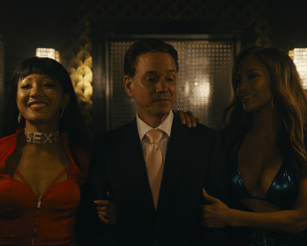 Constance Wu, Frank Whaley and Jennifer Lopez in Hustlers