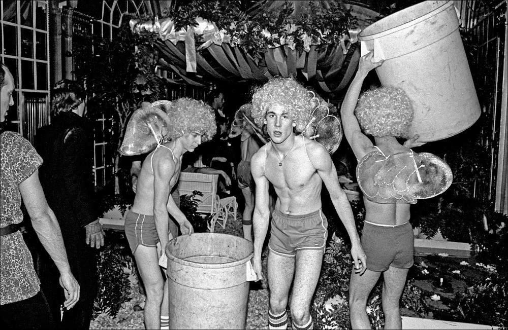 Studio 54, photo by Allan Tannenbaum